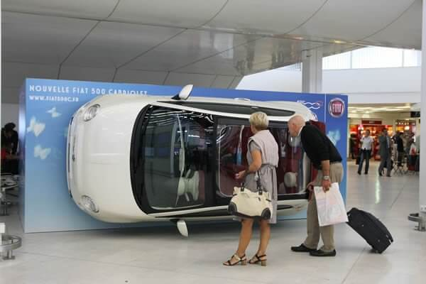 JCDecaux created an OOH ad where they tilted the car to let passersby see the inside of the car in a creative way.